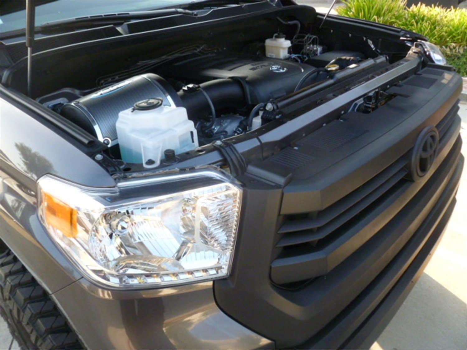 Best Cold Air Intake System Tundra / Sequoia 5.7L ...